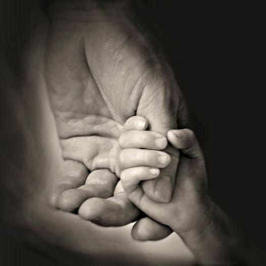 hands-407389_1280