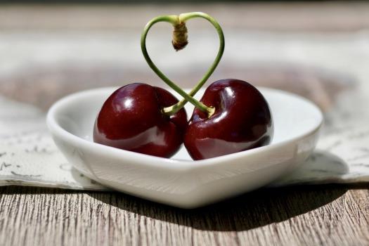 cherries-2444836_1920